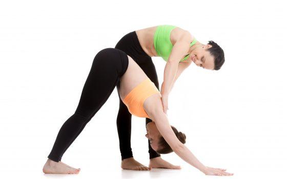 За връзката между хипермобилността, неправилната стойка и гръбначните изкривявания